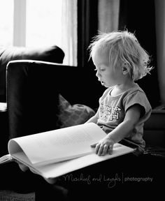 Little girl + Book #lifestyle #photography #children