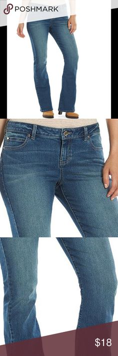 JLO JENNIFER LOPEZ Plus 22W Bootcut Jeans Alya NWT Brand new with tag. Please refer to pictures for details and description Jennifer Lopez Jeans Boot Cut