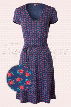 Wow to Go!  Khalo Blue Roses Dress  107 39 13925 20150123 0003Wv