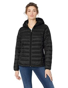 d8e877cf78931 Amazon Essentials Women s Lightweight Water-Resistant Packable Hooded  Puffer Jacket