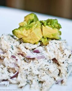 Homemade mayo with spices or primal pantry instead of the ranch dressing. Clean Eating Chicken Salad - super simple and the ranch dressing is great.I will add grapes to the chicken salad next time for texture. Healthy Cooking, Healthy Snacks, Healthy Eating, Healthy Recipes, Snacks Kids, Protein Snacks, Healthy Breakfasts, Avocado Recipes, High Protein