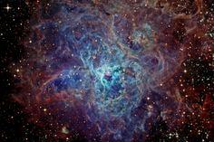Nebulosa Tarântula. NGC 2070. Galáxia da 'Grande Nuvem de Magalhães'.