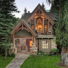 House design exterior cottage 28 Ideas for 2019 Small Cottage Homes, Cozy Cottage, Cottage Ideas, Rustic Cottage, Small Rustic House, Small Cottage House Plans, Tudor Cottage, Cozy Cabin, Cottage House Exteriors