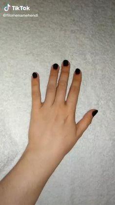 Simple Henna Patterns, Mehndi Designs Front Hand, Henna Tattoo Designs Simple, Finger Henna Designs, Latest Bridal Mehndi Designs, Mehndi Designs For Girls, Mehndi Designs For Beginners, Mehndi Designs For Fingers, Small Henna Tattoos