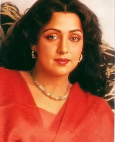 Hema Malini, She Movie, Beautiful Dream, Beautiful Bollywood Actress, Beauty Queens, Call Her, Dancer, Actresses, People