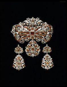 Boucles d'oreilles Classic quality Bijoux magnifiquement Exposés ayant la forme dornements doreille et de plumes de gradient Nice Girl Earrings