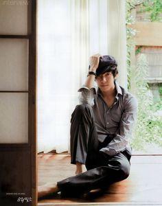 Lee SeungGi.