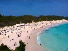 Horseshoe Bay, Bermuda - love this beach! Cruise Vacation, Dream Vacations, Vacation Spots, Beautiful Islands, Beautiful Places, Bermuda Island, Bermuda Travel, Horseshoe Bay, Island Girl