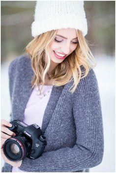 Dizzy Dslr Photography Tips Backgrounds Dslr Photography Tips, Royal Photography, Snow Photography, Headshot Photography, Creative Photography, Digital Photography, Headshot Poses, Photographer Self Portrait, Photographer Headshots