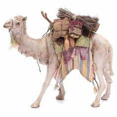 Camello Cargado Belén Angela Tripi 18 cm | venta online en HOLYART