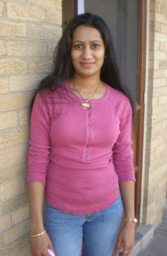 Shraddha Singh Beautiful Amritsar Desi Women Pictures With Friends