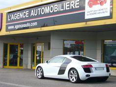 Audi R8 à l'agence automobilière de Mulhouse