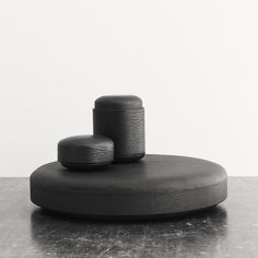 Pastille from Michaël Verheyden. Small box covered in black calfskin leatherColor: BlackDimensions: Height 6 cm, dia 11,5 cm