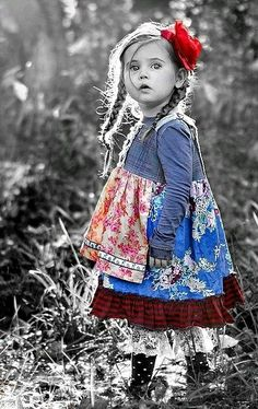 Beautiful little #girl #selectivecolor #colorsplash