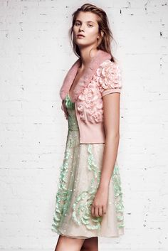 Blumarine Resort 2016 - Collection - Gallery - Style.com  Kinda Teen Vogue circa 2006 but a super cute look    http://www.style.com/slideshows/fashion-shows/resort-2016/blumarine/collection/26