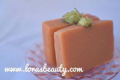 Read about my latest soap Honey Hopped Soap at simply.lorasbeauty.com. #cascadehops #hops #lorasbeauty #handmadesoap