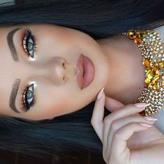 "KLAUDIA BADURA on Instagram: ""Close up ✨ #makeup #lashes @hudabeauty @shophudabeauty Samantha #brows @anastasiabeverlyhills Brow duo in Dark brown #lips Giorgio Armani lip maestro in 202 #greeneyes #me #lovemakeup #nudelips #anastasiabeverlyhills #vegasnay #hudabeauty #nails #gold #goldmakeup #eyeshadows #brushes by @makeupaddictioncosmetics #picoftheday #nofilter #brownlips✨"""