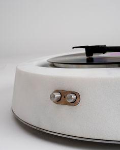http://www.aceworks.it/portfolio/rock-vibrationmarble-turntable-ll/