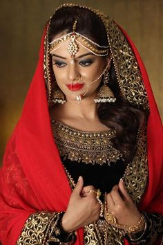 Bridal Makeup by Nishi Singh Info & Review | MakeUp Artist in Delhi NCR | Wedmegood
