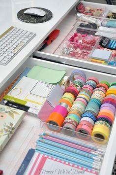 52UHeart Organizing: A Delightfully Organized Desk