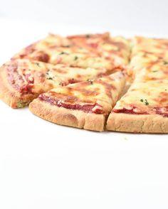 KETO ALMOND FLOUR PIZZA CRUST with VEGAN (egg-free) option ! #ketopizza #dairyfree #vegan #eggfree #cheesefree #almondflourpizzacrust #almondflour #lowcarbpiza #easy #withyeast #recipe #nocheese #paleo Carbs In Almond Flour, Almond Flour Pizza Crust, Low Carb Flour, Almond Flour Recipes, Almond Bread, Coconut Flour, Keto Pizza Base, Low Carb Pizza, Low Carb Recipes