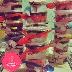 Bolo no potinho, Cake, Cheirinho de Comida  http://ateliecheirinhodecomida.blogspot.com/  Atendemos: Poá   Suzano   Itaquaquecetuba   Mogi das Cruzes   Ferraz de Vasconcelos   São Paulo