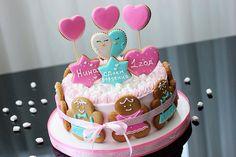 Cakes Торт который вместил в себе все пожелания клиента, множественное разнообразие сладостей и стал украшением на первом Дне Рождения маленького ангела