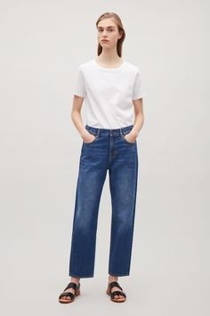 COS image 1 of Straight-fit cropped jeans in Blue Dark