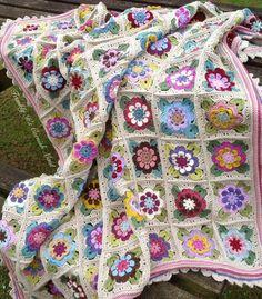 Crochet Square Patterns, Crochet Squares, Crochet Blanket Patterns, Baby Blanket Crochet, Crochet Bedspread, Crochet Quilt, Crochet Granny, Knit Crochet, Granny Square Blanket