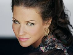 Evangeline Lilly.. Beautiful