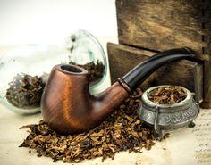 """.Pipa que fuma """"Decor"""". Pipa de madera tallada."""