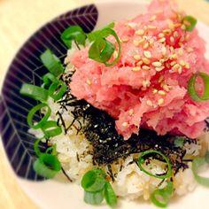 ちと盛りすぎた(・ω・)) - 100件のもぐもぐ - ネギトロ丼、塩で。 by cmry