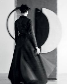Dior's Abstract Voyage by Sarah Moon — Georgette Magazine Sarah Moon, Dior Haute Couture, French Photographers, Female Photographers, Moon Photography, Fashion Photography, Christian Dior, Foto Fashion, Moon Photos