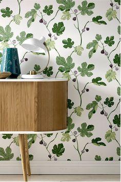 Wallpaper by ellos Tapet Asta Grønn - Grønn - Dekor - Homeroom. Modern Wallpaper, Home Wallpaper, Retro Tapet, Wall Murals, Wall Art Decor, Beddinge, Inspired Homes, House Painting, Wall Colors