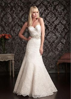 Delicate Tulle & Satin Sweetheart Neckline Trumpet Wedding Dress With Lace Appliques & Beadings