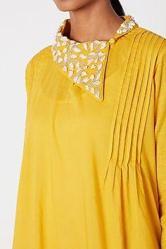 Source by tejalnagda clothing kurti Kurtha Designs, Tunic Designs, Kurta Designs Women, New Kurti Designs, Neck Designs For Suits, Dress Neck Designs, Collar Designs, Ethnic Wear Designer, Indian Designer Outfits