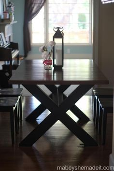 #Dining Table and Chairs | Mabey She Made It #reclaimedwood
