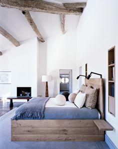 I LOVE MY BED...    O que não pode faltar no nosso quarto,  Roupas de cama macias, cheirosas  Lingeries femininas, charmosas,  Um cr...