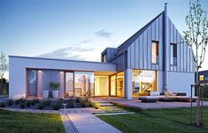 Modern home by Architects: K .Borowski and P. Contener House, Rural House, Facade House, Modern Barn House, Modern Bungalow, Facade Design, House Design, Rendered Houses, Narrow House