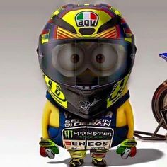 46 the doctor minion Motorcycle Humor, Motorcycle Posters, Motorcycle Helmets, Motocross, Gp Moto, Moto Bike, Minions, Vale Rossi, Course Moto