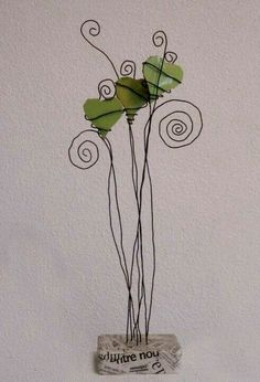 Wire Crafts, Metal Crafts, Art Fil, Wire Flowers, Beads And Wire, Wire Art, Pebble Art, Sculpture Art, Wire Sculptures