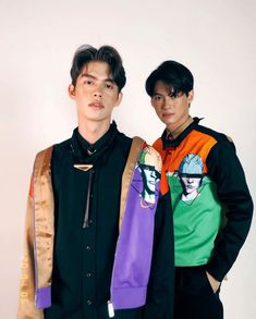 Bright & Win The Series Handsome Prince, Handsome Boys, Otp, Dramas, Bright Wallpaper, Cute Asian Guys, Bright Pictures, Chinese American, Cute Gay Couples