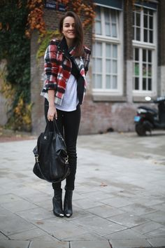 Jacket: ZARA  |  Leather pants: J Brand  |  T-shirt: Isabel Marant for H&M  |  Cropped top: ZARA  |  Bag: Givenchy  |  Watch: Larsson & Jennings
