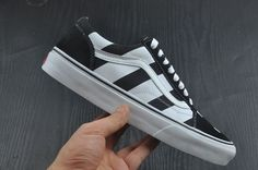 cb7b7eebafed3b AMAC Customs OFF WHITE x Vans Old Skool Limited Edition Skateboard Shoes