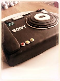 Camera Party ~ Sony Camera cake inspiration