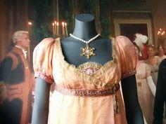 Haags Gemeentemuseum. Bodice of Mrs. Hurst's ball dress.