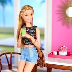 Barbie®: Feeling the boho beach vibes, the weekend starts now! Barbie Style, Barbie Dream, Barbie Y Ken, Barbie Life, Beautiful Barbie Dolls, Barbie World, Mattel Barbie, Barbie Diorama, Doll Clothes Barbie