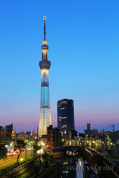 Tokyo Skytree, Civil Engineering, Cn Tower, Night Time, Civilization, City Photo, Places To Visit, Construction, Photo And Video