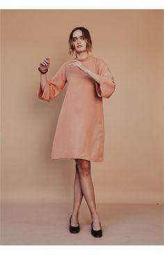 Blush Dresses, Ruched Dress, Silk Crepe, Black Silk, High Neck Dress, Elegant, How To Wear, Fashion, Turtleneck Dress