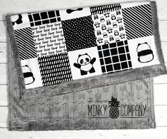 Your place to buy and sell all things handmade Car Seat Blanket, Lap Blanket, Panda Quilt, Panda Nursery, Baby Quilt Patterns, Designer Baby, Baby Boy Rooms, Baby Room, Panda Love